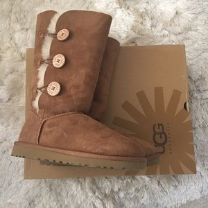UGG Shoes - New UGG Bailey Triple Button Suede Sheepskin Boots